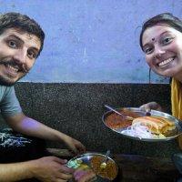 Comiendo comida india en India