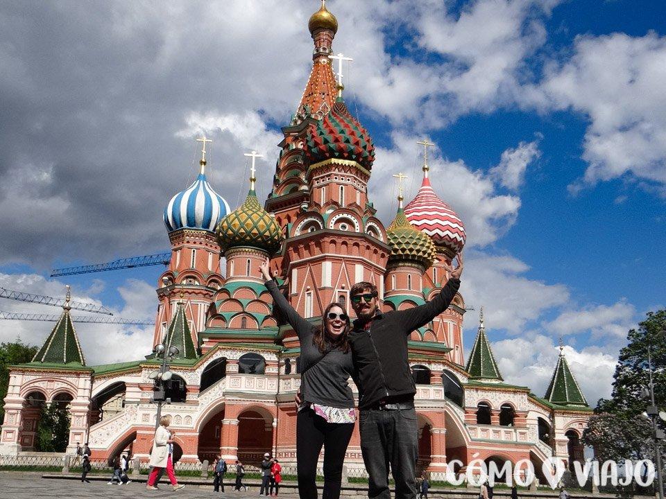 En Moscu, conociendo la catedral de San Basilio