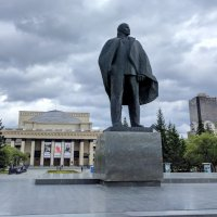 Estatua de Lenin en Novosibirsk
