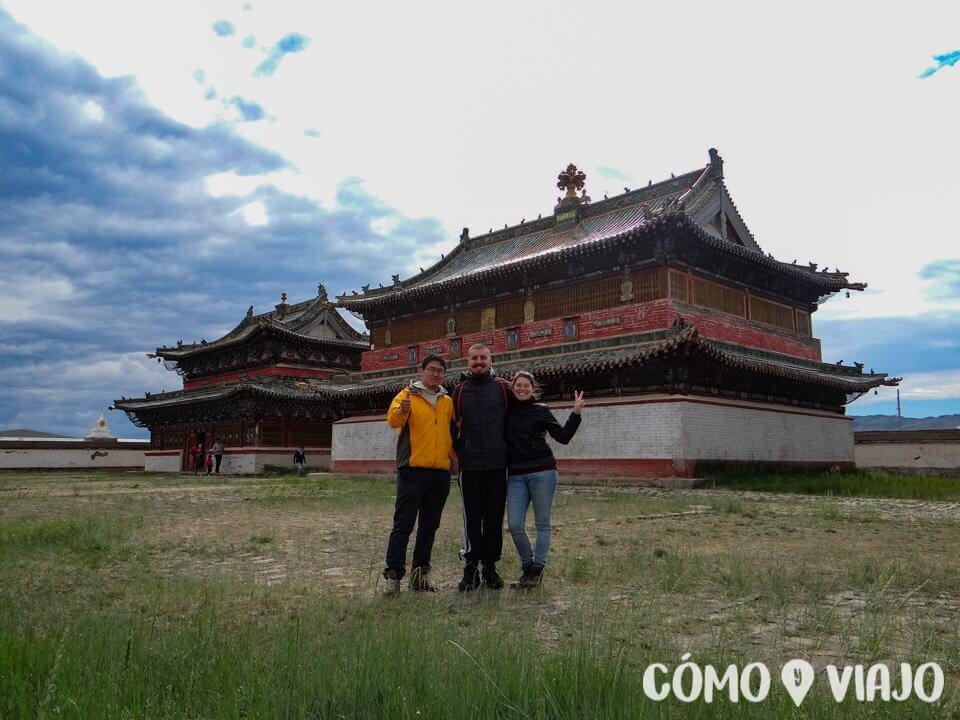 En un monasterio, uno de los lugares de Mongolia para conocer
