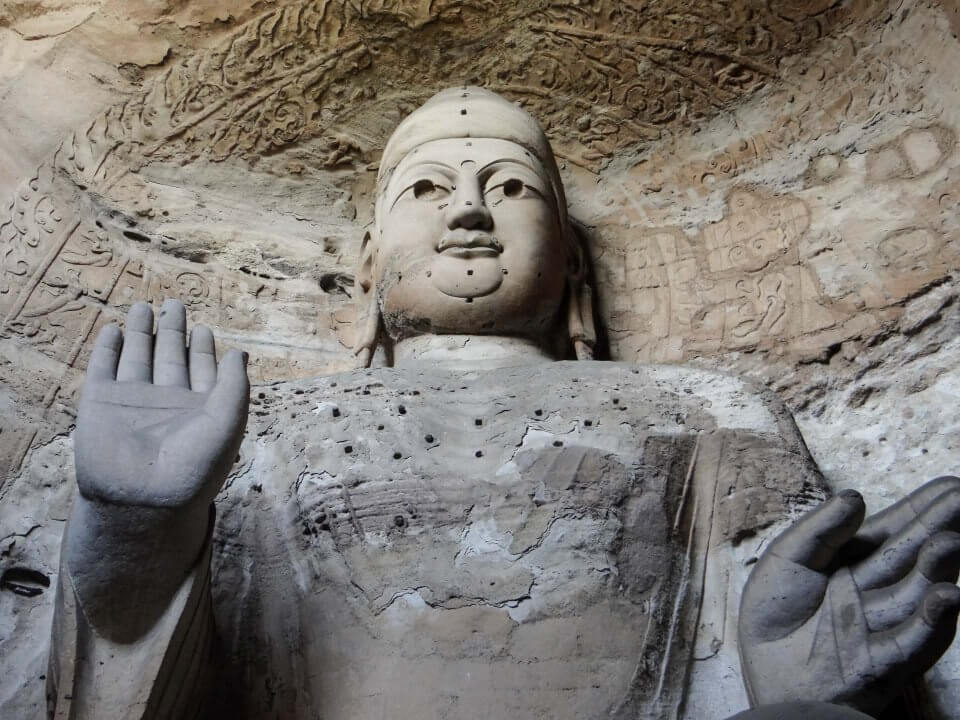 Buda en Grutas de Yungang en Datong, China