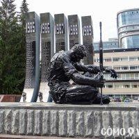 Monumento Black Tulip en Ekaterimburgo