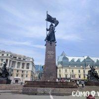 Plaza de la Victoria en el puerto de Vladivostok
