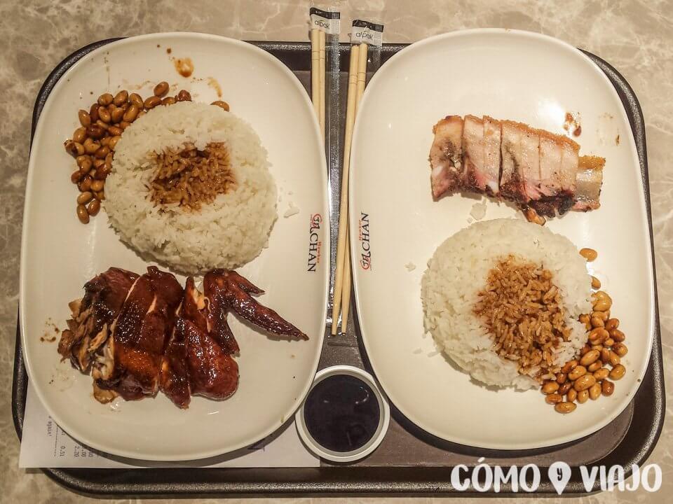 Platos típicos del Hawker Chan en Singapur