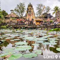 Templo Pura Taman Saraswati en Bali