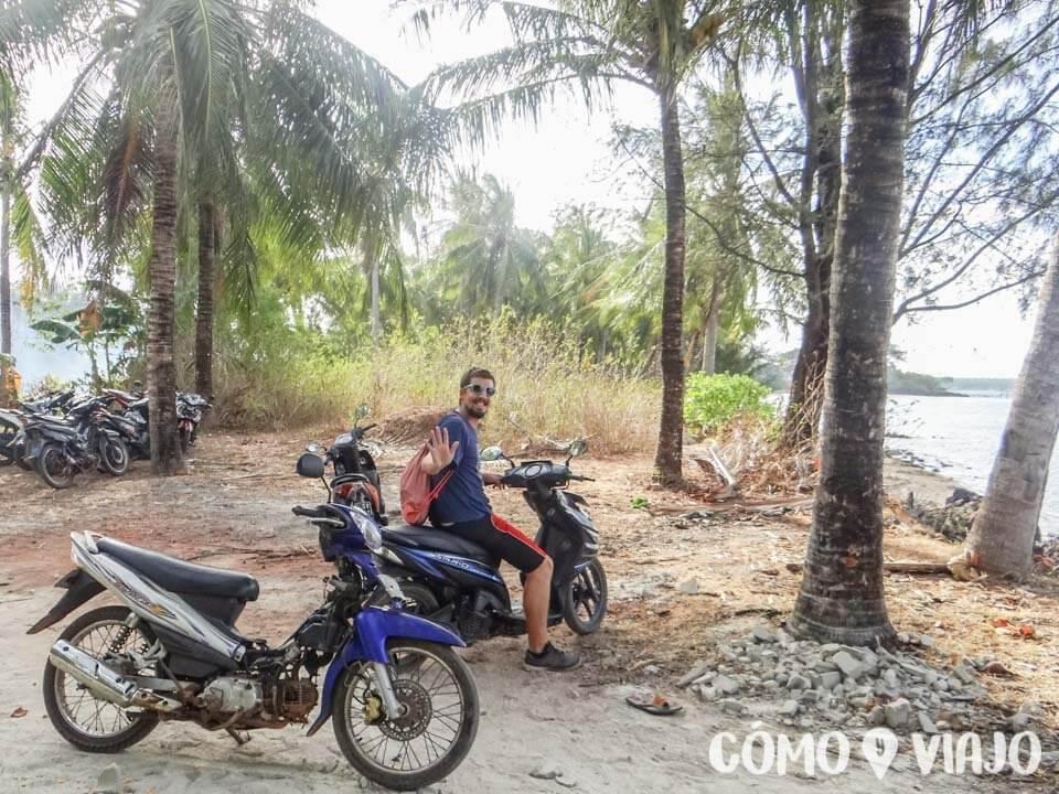 En moto en Karimunjawa